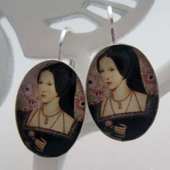 anne-boleyn-2-lv-earring-sm.jpg