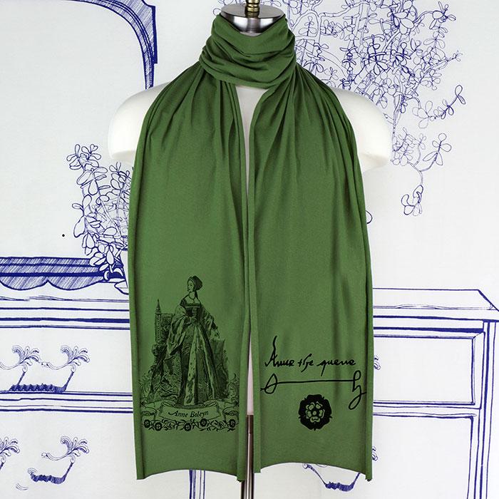 anne-boleyn-green-scarf-sm.jpg