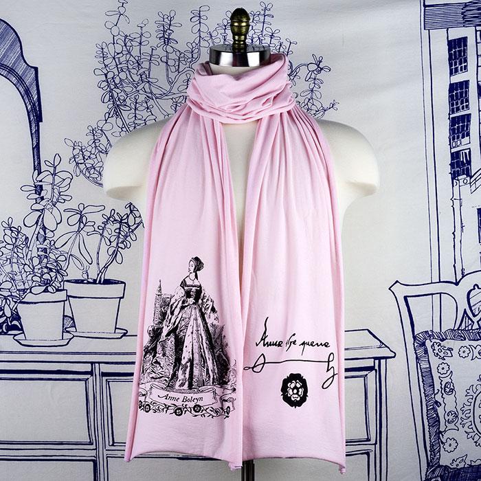 anne-boleyn-pink-scarf-sm.jpg
