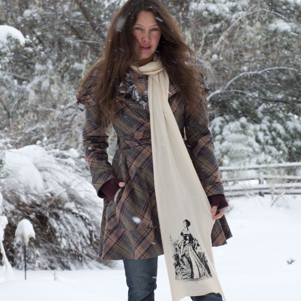 anne-scarf-on-sm.jpg