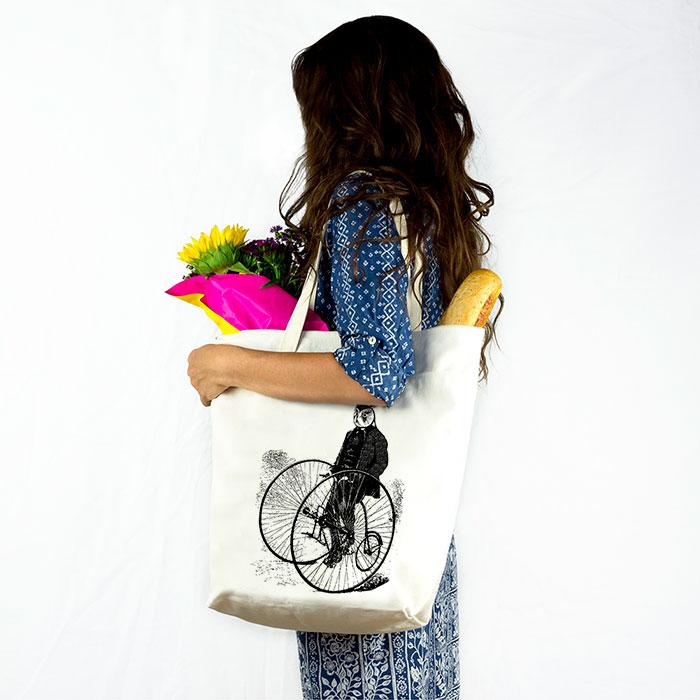 bag-holding-owl-sm.jpg