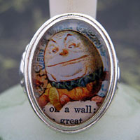 Humpty Dumpty Cameo Style Ring