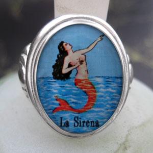 Loteria La Sirena - The Mermaid Cameo Style Ring