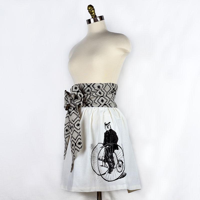 owl-skirt-apron-sidesm.jpg