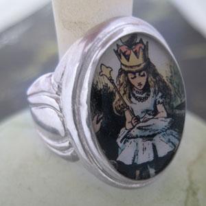 queen-alice-rgsdsm.jpg