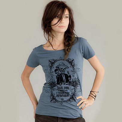 Calavera Couple Toasting Scoop Neck T-Shirt